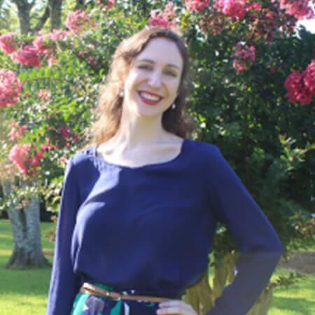 Headshot of Jennifer Wolfe